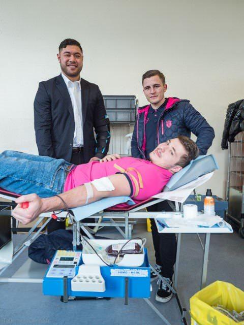Le Stade Français donne son sang